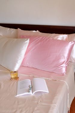 Luxury Silk Bedsheets (Duvet Bedding Set, Super King size)