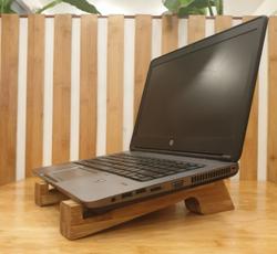 Lakbawayan Bamboohat Laptop Riser