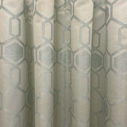 ARQ Curtains ACC Edenburg Green 86'