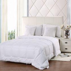 Cloudlight Comforter - Full