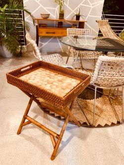 Manang.ph Capiz Tray with Folding Table (BUTLER'STRAY)