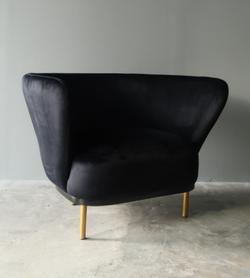 Wanda Lounge Chair PREORDER