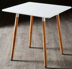 Callie Scandi Table