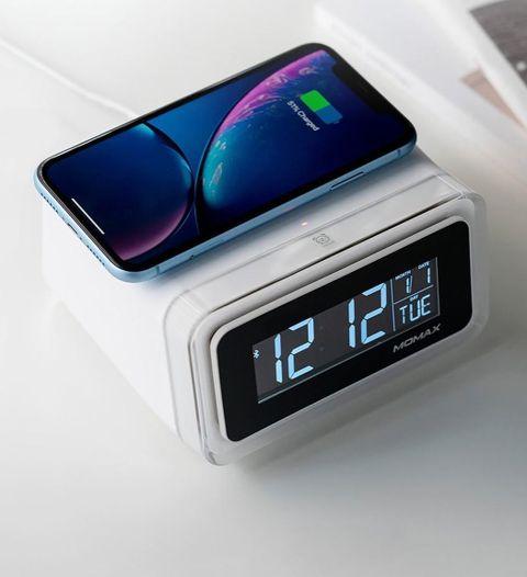 Momax Q Clock Version 2