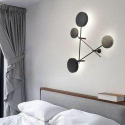 Forth Wall Lamp