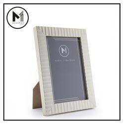 "MODERNO Premium Picture Frame 4x6"" Metallic Finish Modern Italian Design Amazing Gift Idea For Any Occasion!"