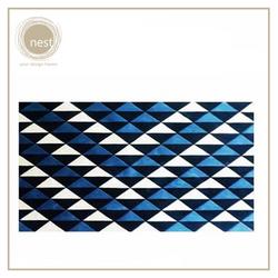 NEST DESIGN LAB Triangle Carpet