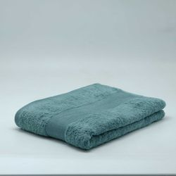 Move Bettina Bath Towel