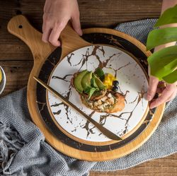 Charcuterie board Nordic marble with gold round matte steak pizza cheese board with bamboo holder