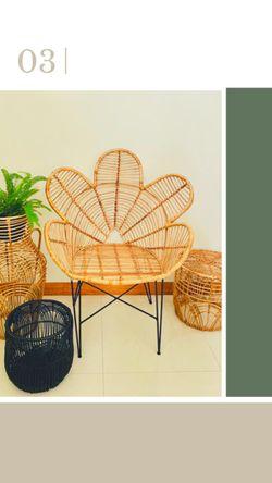 Manang.ph Raven Chair (regular)